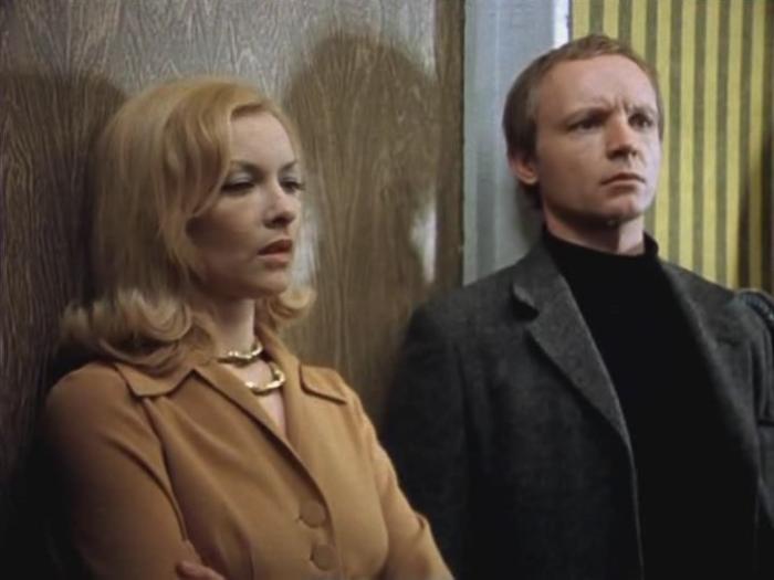 Кадр из фильма *Ирония судьбы, или С легким паром*, 1975 | Фото: trendy-u.com