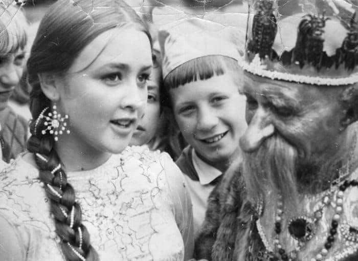 Татьяна Клюева на съемках фильма *Варвара-краса, длинная коса*, 1969 | Фото: aif.ru