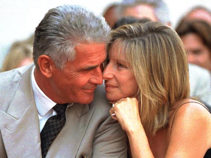 Во втором браке актриса обрела настоящее счастье | Фото: dujour.com