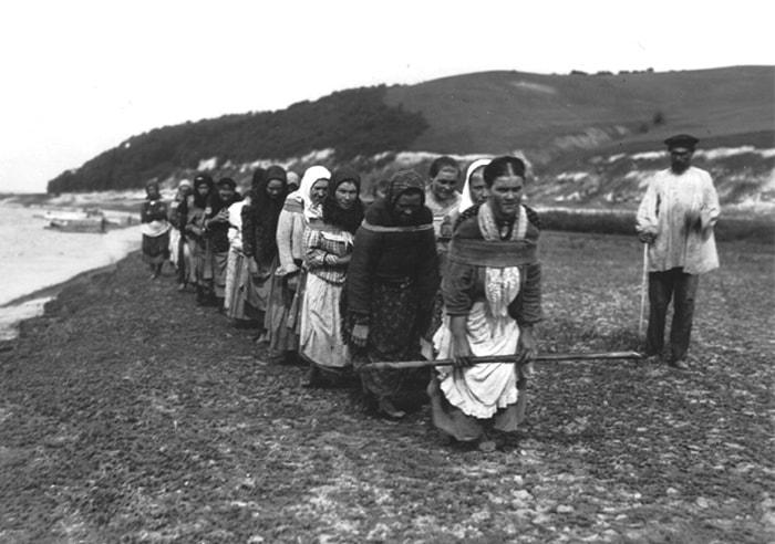 Существовали и женские артели | Фото: glavpost.com
