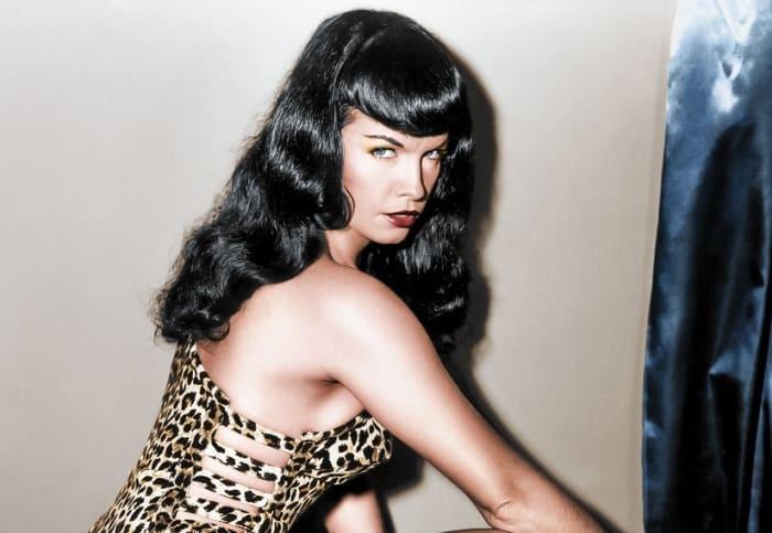 Американская фотомодель и актриса Бетти Пейдж | Фото: disgustingmen.com