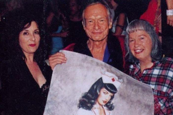 Оливия де Берардинис, Хью Хефнер и Бетти Пейдж в старости | Фото: 24smi.org