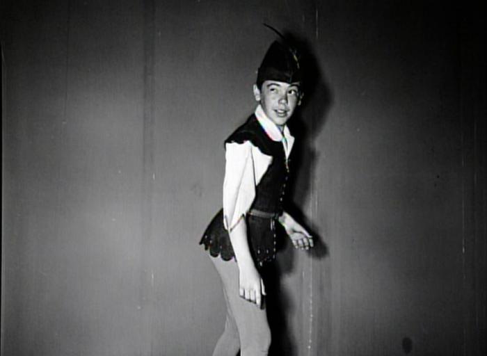 Бобби Дрисколл на съемках мультфильма *Питер Пэн* | Фото: spletnik.ru