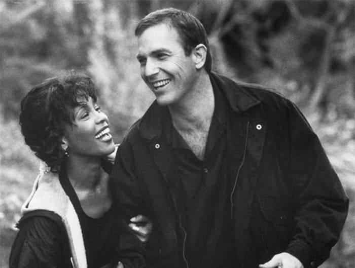 Уитни Хьюстон и Кевин Костнер на съемках фильма *Телохранитель*, 1992 | Фото: dubikvit.livejournal.com