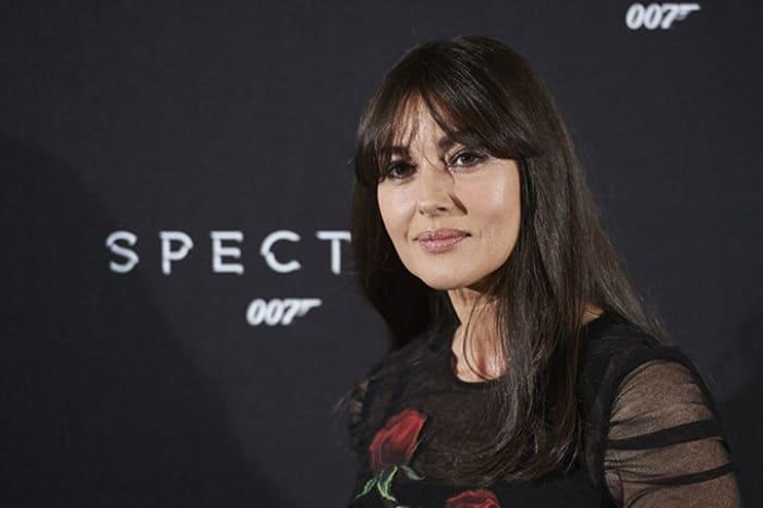 Моника Беллуччи на премьере фильма *007: Спектр* в 2015 г. | Фото: psychologies.ru