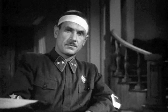 Кадр из фильма *Фронт*, 1943 | Фото: kino-teatr.ru