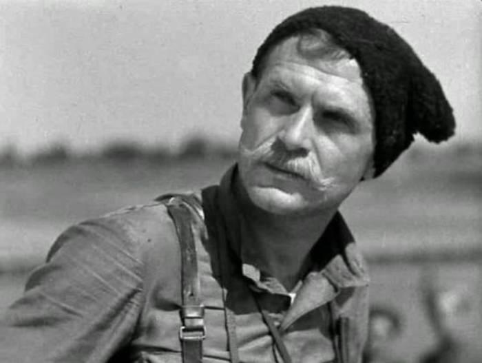 Борис Бабочкин в роли Чапаева | Фото: kino-teatr.ru