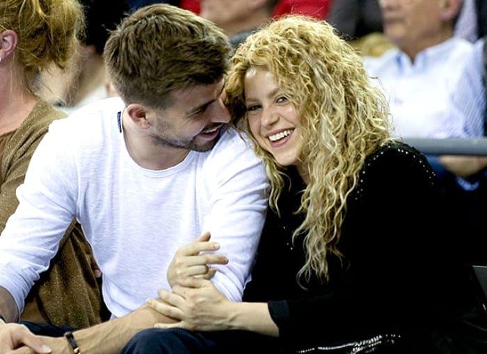 Футболист Жерар Пике и певица Шакира | Фото: ru.hellomagazine.com