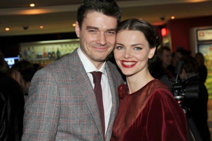 Одна из самых красивых актерских пар | Фото: cosmo.ru