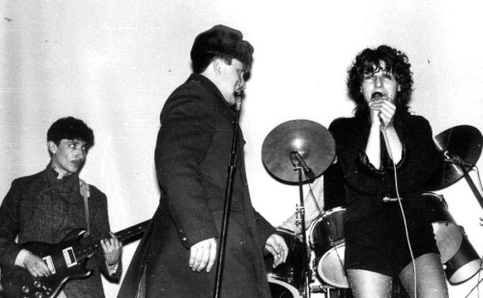 Жанна Агузарова и группа *Браво*, 1984   Фото: shkolazhizni.ru