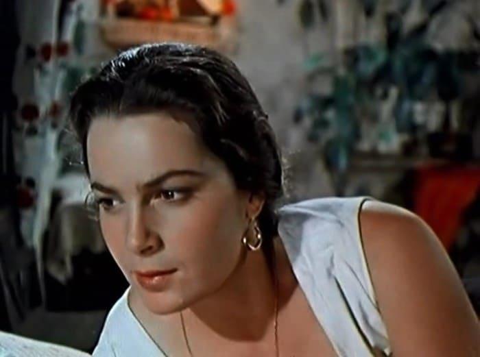 Элина Быстрицкая в роли Аксиньи, 1957-1958 | Фото: kino-teatr.ru