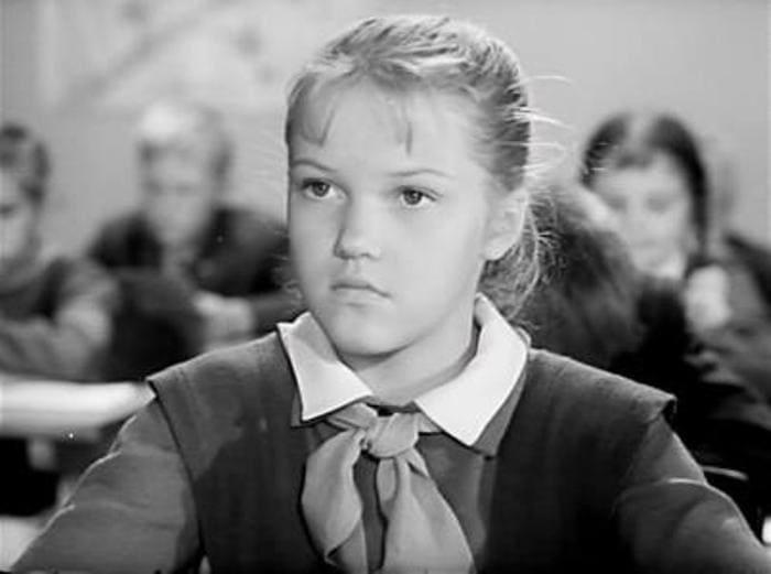 Елена Проклова в фильме *Звонят, откройте дверь*, 1965   Фото: biography-life.ru