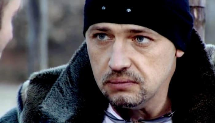 Вячеслав Титов в сериале *Глухарь*, 2008 | Фото: kino-teatr.ru