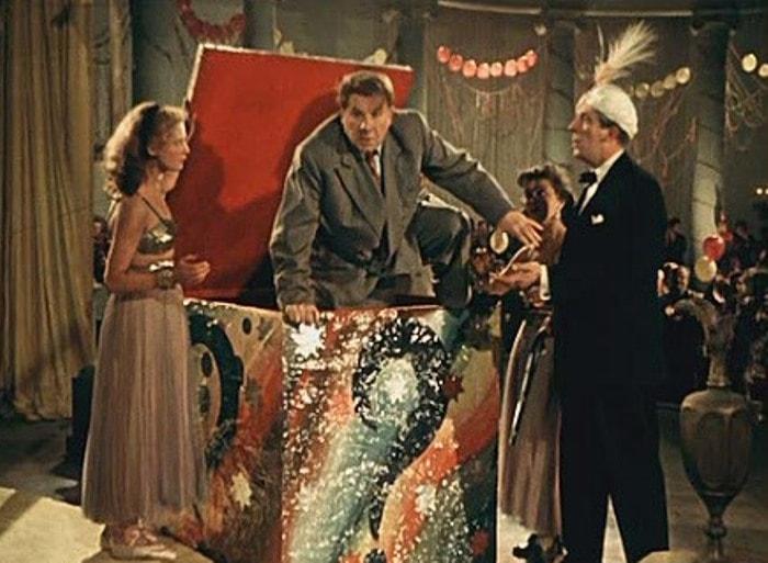 Кадр из фильма *Карнавальная ночь*, 1956 | Фото: kinopoisk.ru