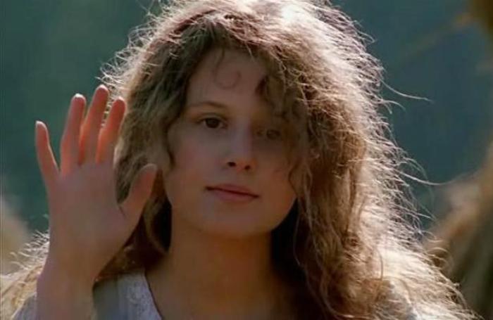 Каролина Грушка в фильме *В августе 44-го*, 2001 | Фото: kino-teatr.ru