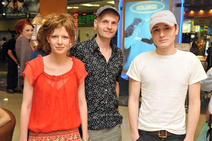 Режиссер и актеры на премьере фильма *Кислород*, 2009 | Фото: spletnik.ru