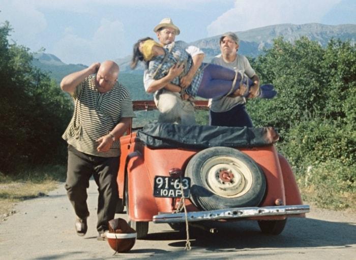 Кадр из фильма *Кавказская пленница*, 1966 | Фото: photochronograph.ru