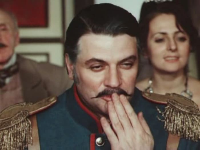 Александр Ширвиндт в фильме *Небесные ласточки*, 1976 | Фото: kino-teatr.ru