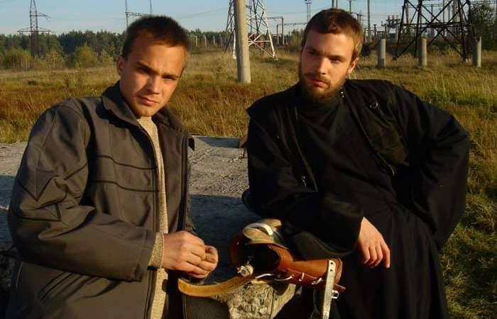 Братья-актеры в фильме *Живой*, 2006 | Фото: peopletalk.ru