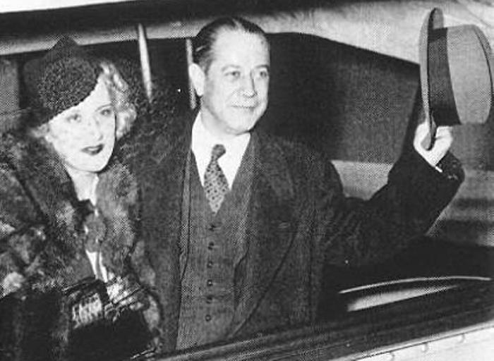 Знаменитый шахматист Хосе Рауль Капабланка и его жена Ольга | Фото: chesshistory.comа