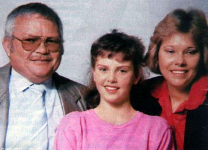 Шарлиз Терон с родителями | Фото: uznayvse.ru
