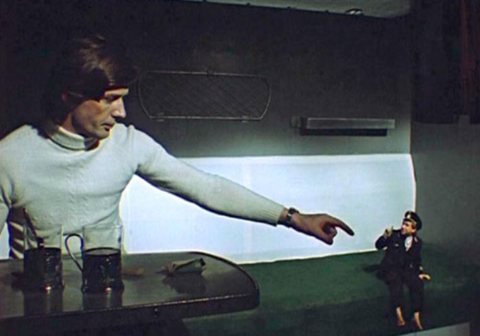 Кадр из фильма *Чародеи*, 1982