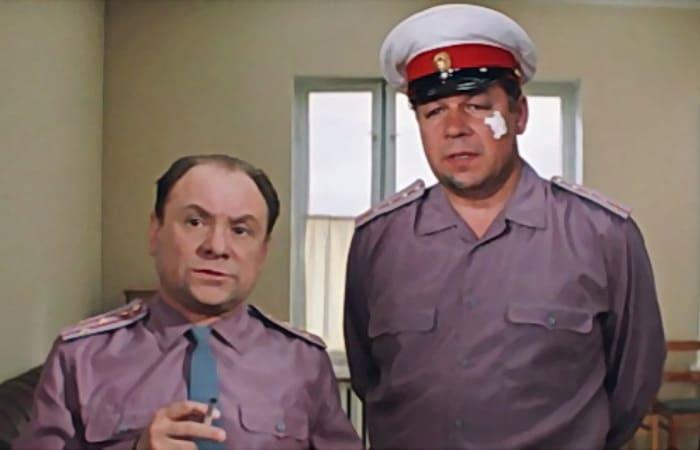 Кадр из фильма *Бриллиантовая рука*, 1968 | Фото: kino-teatr.ru