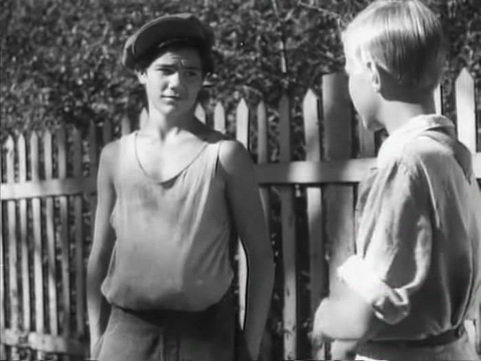Кадр из фильма *Тимур и его команда*, 1940 | Фото: kino-teatr.ru