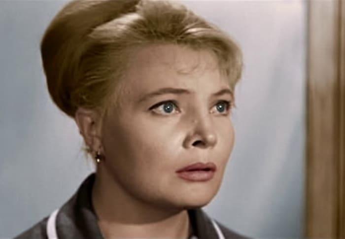 Татьяна Доронина в фильме *Три тополя на Плющихе*, 1967 | Фото: kino-teatr.ru