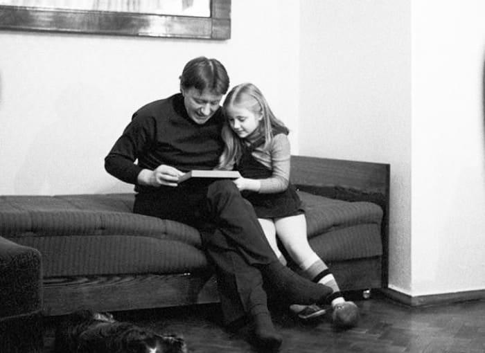 Андрей Миронов с дочерью Машей | Фото: kino-teatr.ru