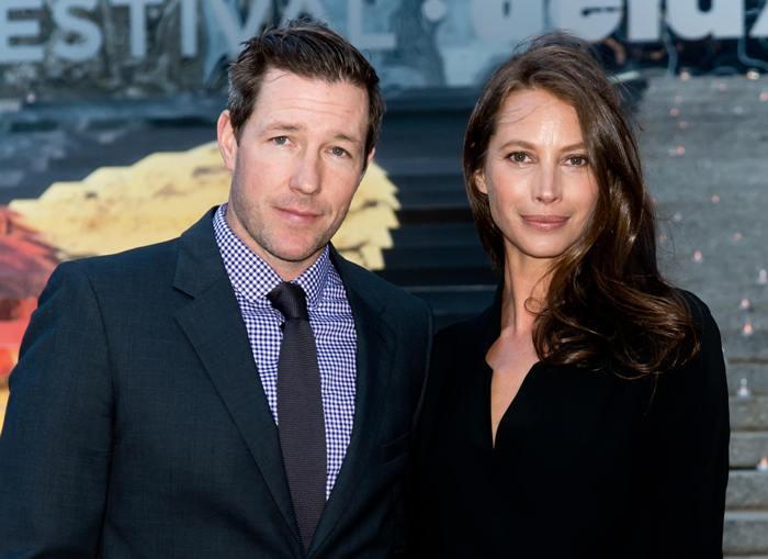 Кристи Тарлингтон и ее муж Эдвард Бернс | Фото: 24smi.org