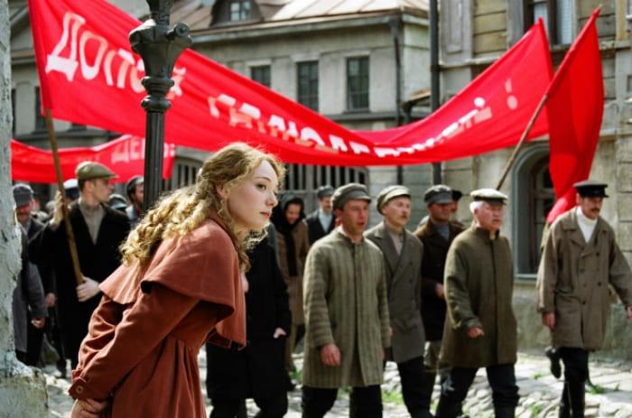 Чулпан Хаматова в сериале *Доктор Живаго*, 2005 | Фото: 24smi.org