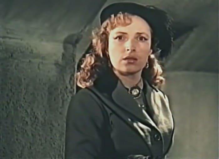 Кадр из фильма *Красные листья*, 1958 | Фото: kino-teatr.ru