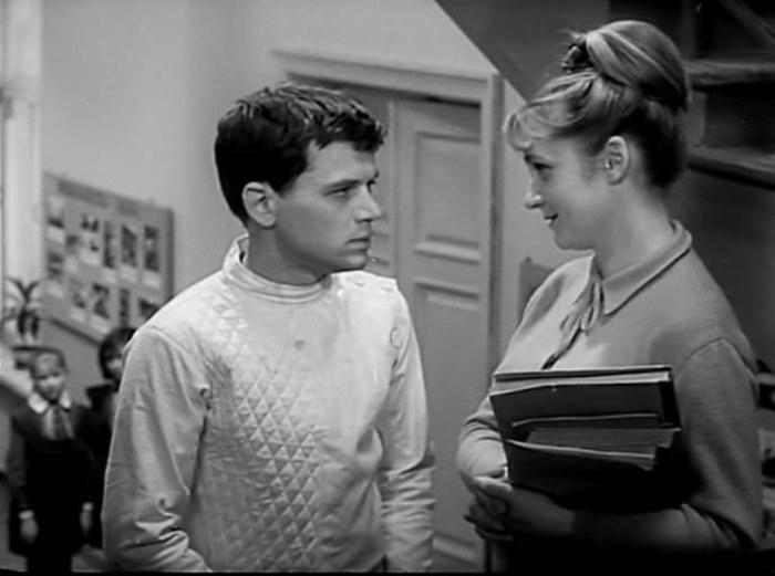 Клара Румянова в фильме *Звонят, откройте дверь*, 1965 | Фото: kino-teatr.ru