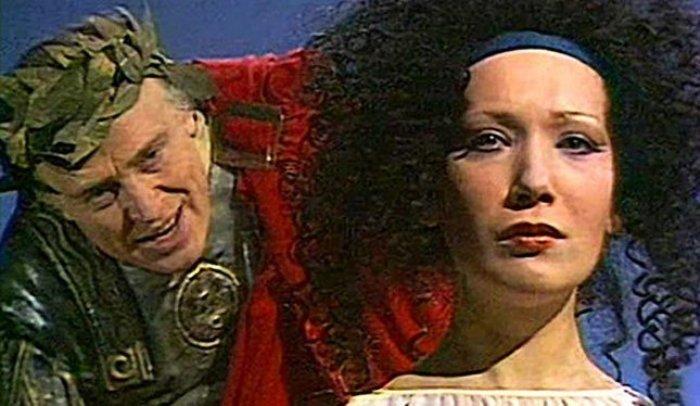 Елена Коренева в роли Клеопатры | Фото: izuminki.com