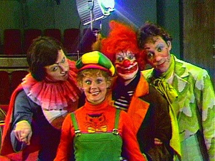 Коллектив клоунов-ведущих *АБВГДейки» | Фото: server.circensis.org