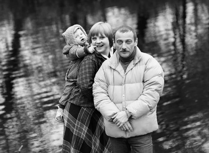 Актриса с мужем, Юрием Векслером, и их сыном Дмитрием | Фото: tvc.ru