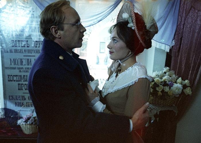 http://www.kulturologia.ru/files/u19001/Cruel-romance-12.jpg