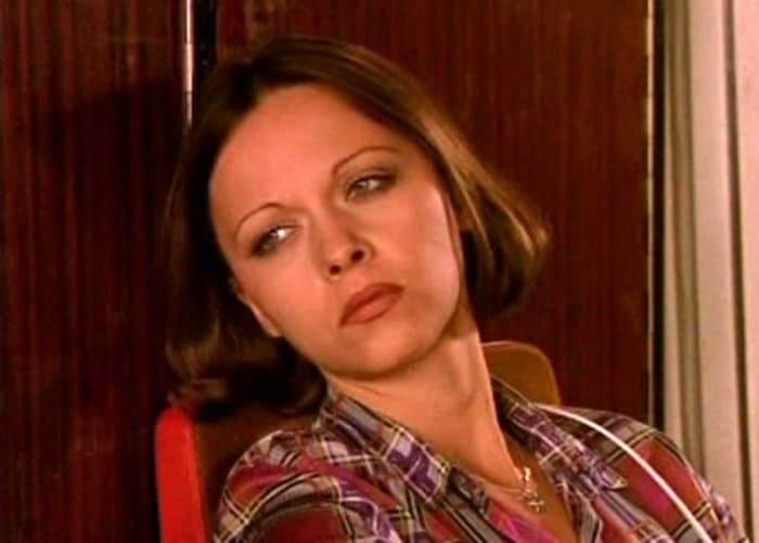 Дарья Повереннова в сериале *День рождения Буржуя*, 1999   Фото: kino-teatr.ru