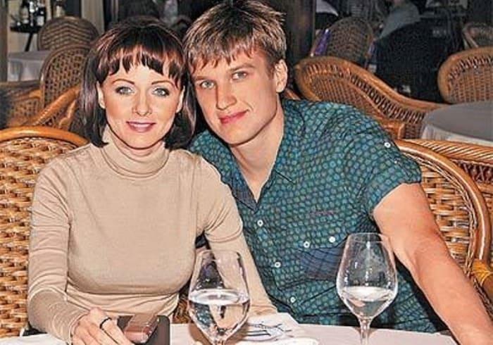 Дарья Повереннова и Анатолий Руденко | Фото: biographe.ru