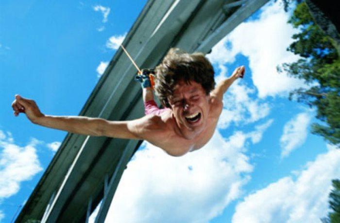 Прыжки с моста не всегда заканчиваются успешно