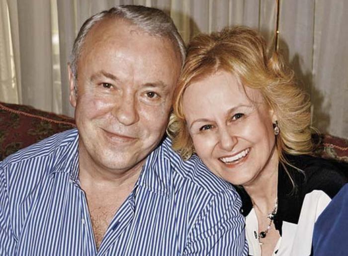 Писательница с мужем, Александром Донцовым | Фото: stuki-druki.com