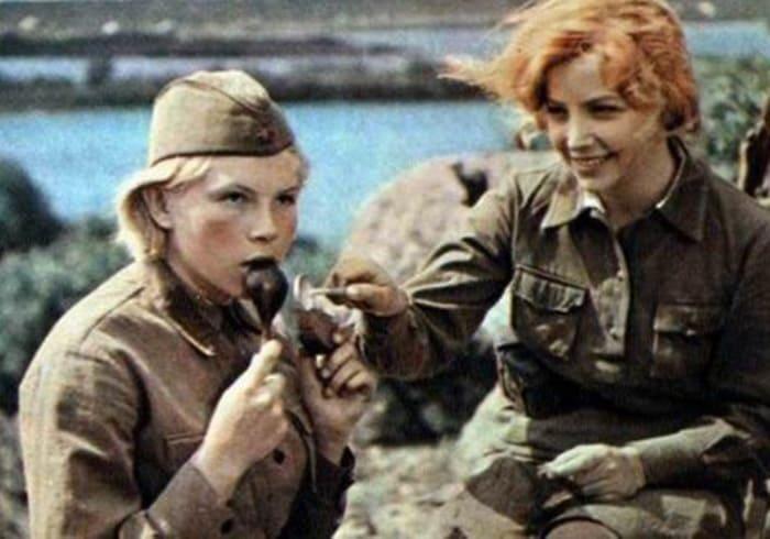 Кадр из фильма *А зори здесь тихие…*, 1972   Фото: kino-teatr.ru