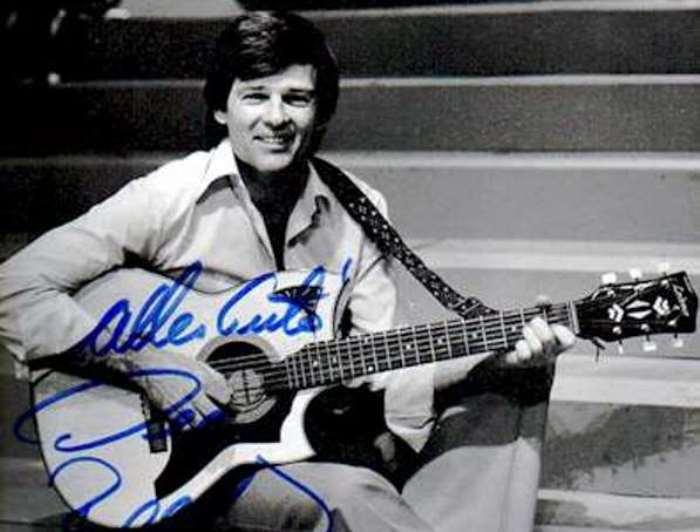 Самый популярный в СССР американский актер и певец | Фото: macbion.narod.ru
