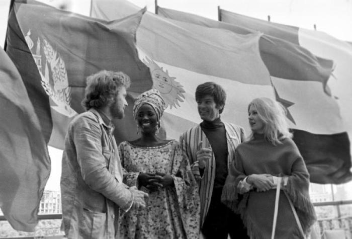 Дин Рид и Эве Киви на Московском международном кинофестивале, 1971 | Фото: moscvichka.ru
