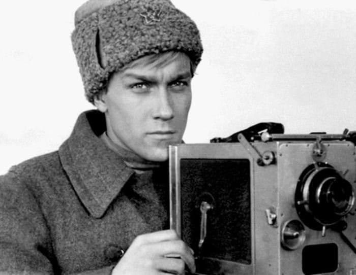 Олег Янковский в фильме *Служили два товарища*, 1968   Фото: kino-teatr.ru