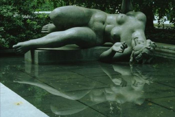 Аристид Майоль. Река, 1939-1943. Скульптура в саду Тюильри   Фото: liveinternet.ru