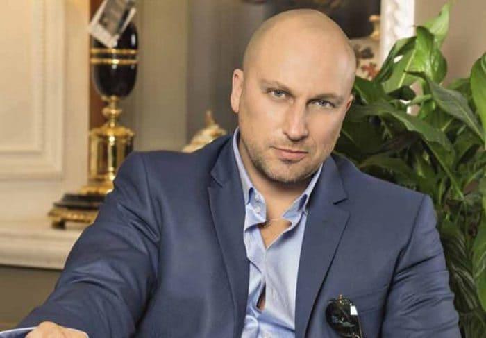 Актер и телеведущий Дмитрий Нагиев | Фото: showbizzz.net