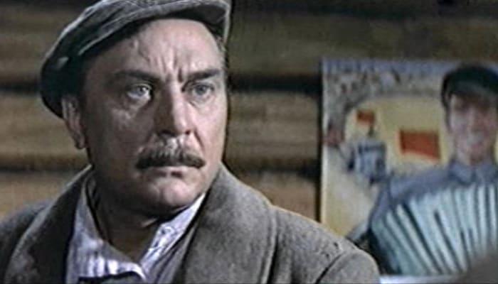 Евгений Матвеев в фильме *Любовь земная*, 1974   Фото: kino-teatr.ru