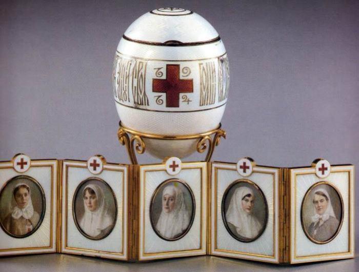 Подарок Николая II Марии Федоровне на Пасху 1915 г. | Фото: internetsobor.org
